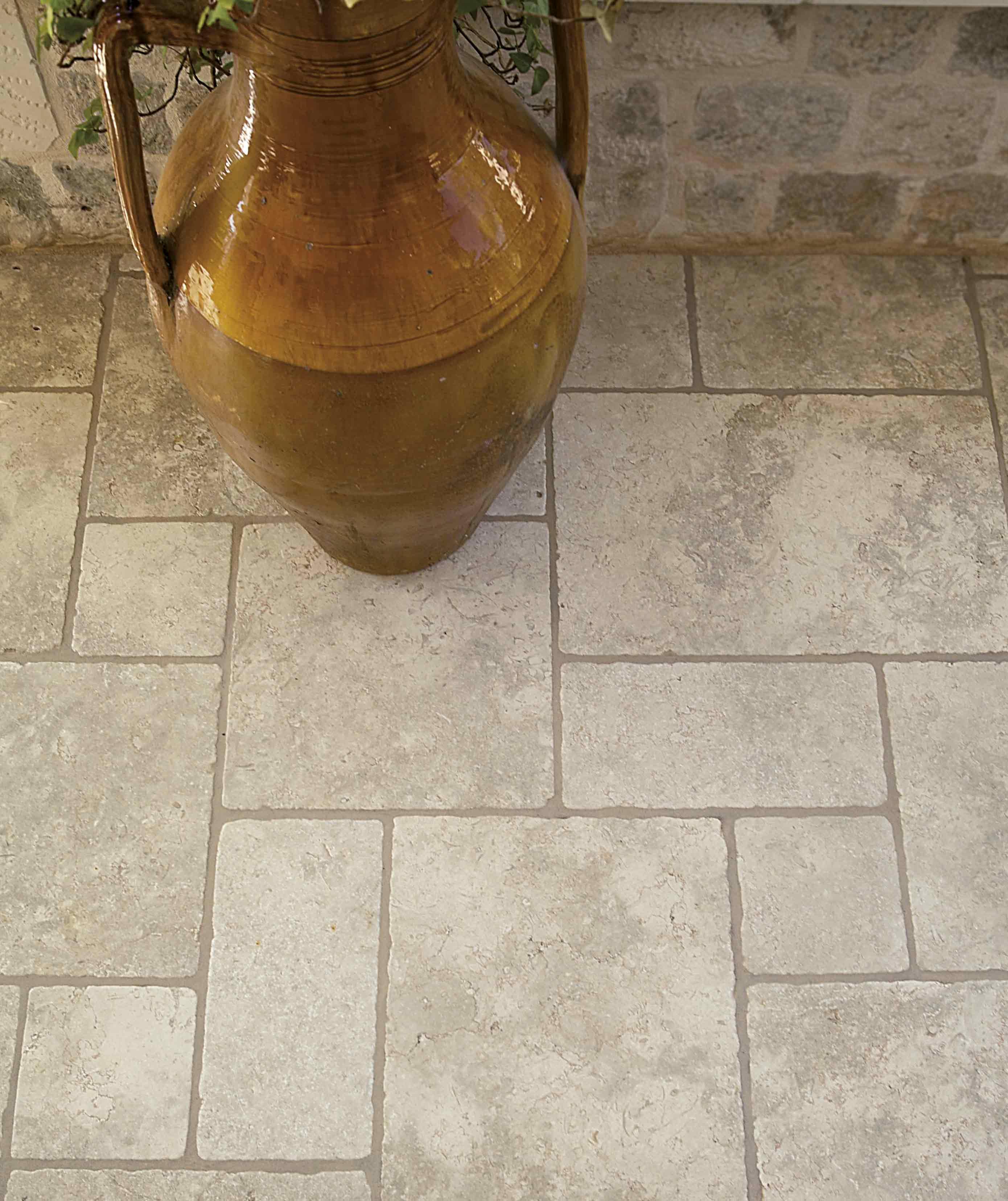 Lithos Mosaico Italia Apulia Stone OPUS ROMANO