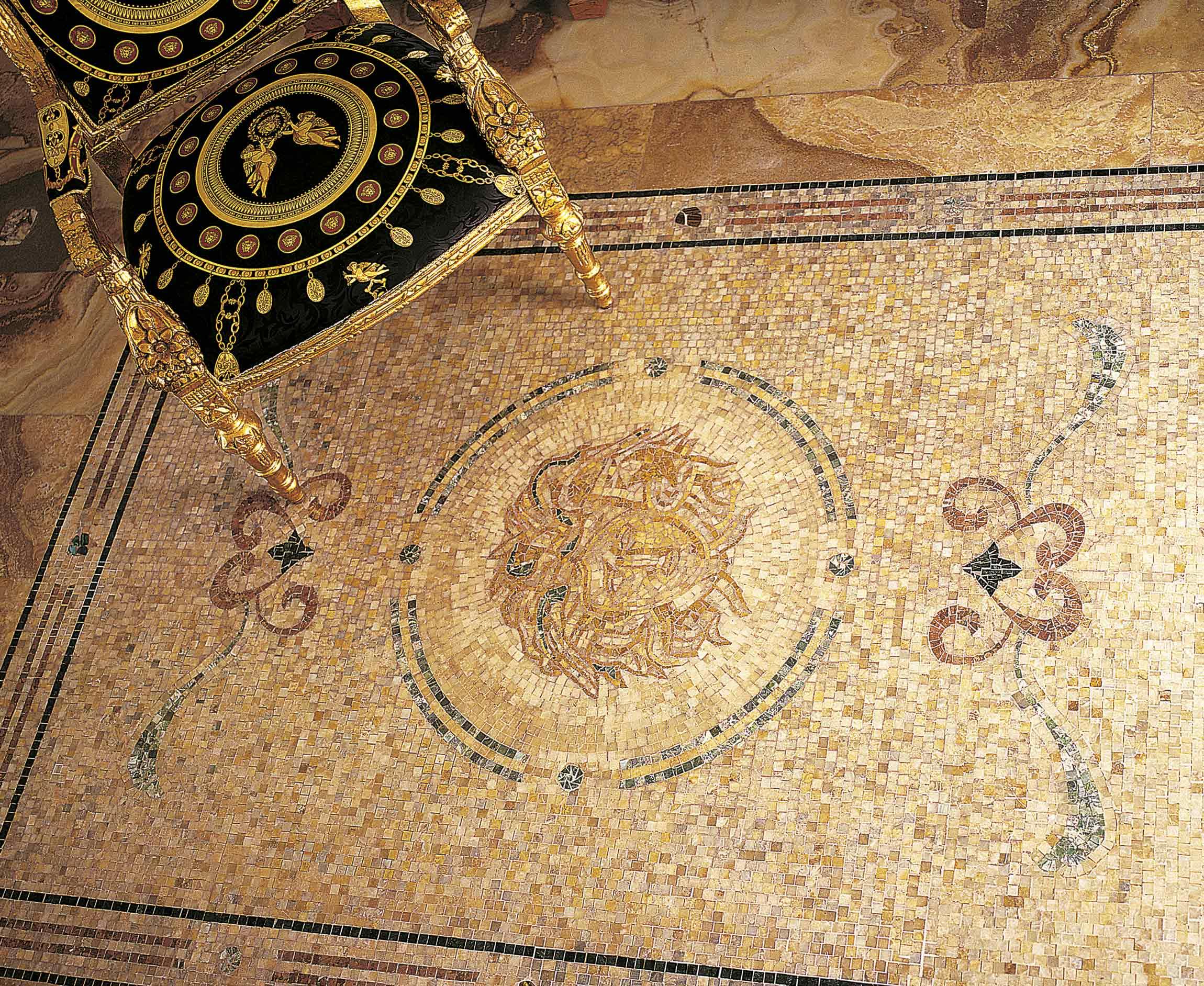 Medusa Lithos mosaico italia